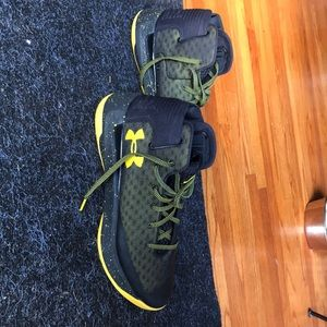 Under Armour Steph Curry Mens Sneakers